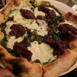 fig-and-pig-pizza-eva