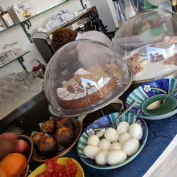 la tartana breakfast spread