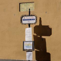 positano bus stop piazza dei mulini